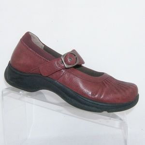 Dansko Kitty cranberry red leather mary janes 8.5